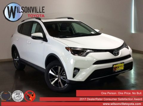 New 2017 Toyota RAV4 XLE w/ accessories see description AWD