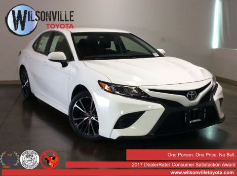 New 2018 Toyota Camry SE with Accessories (see Description) Sedan