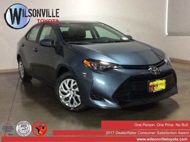 New 2019 Toyota Corolla LE FWD Sedan