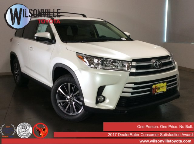 New 2019 Toyota Highlander XLE AWD