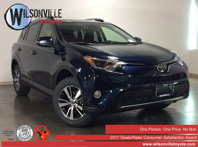 National CLEARANCE Event!<br>New 2018 Toyota RAV4 XLE AWD