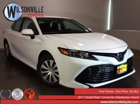 New 2019 Toyota Camry Hybrid LE