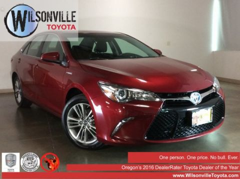 Certified Pre-Owned 2017 Toyota Camry Hybrid SE